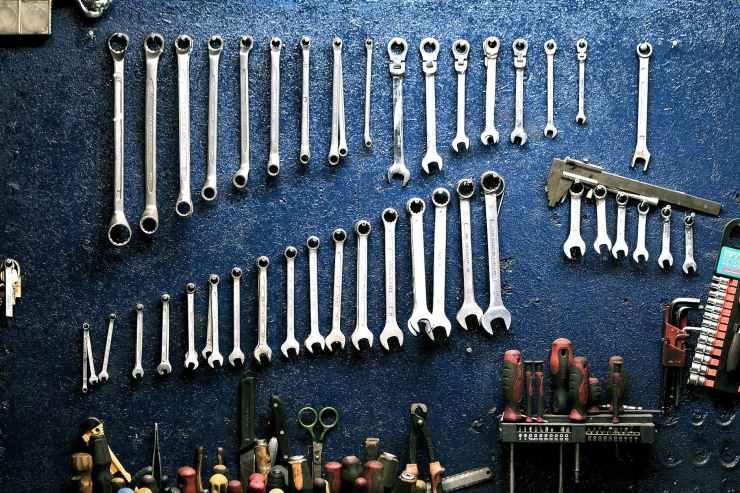 keys-workshop-mechanic-tools-162553.jpeg
